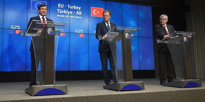 """""""AB, Türkiye'ye 'Hayır' ya da 'Daha Sonra' Diyemez"""""""