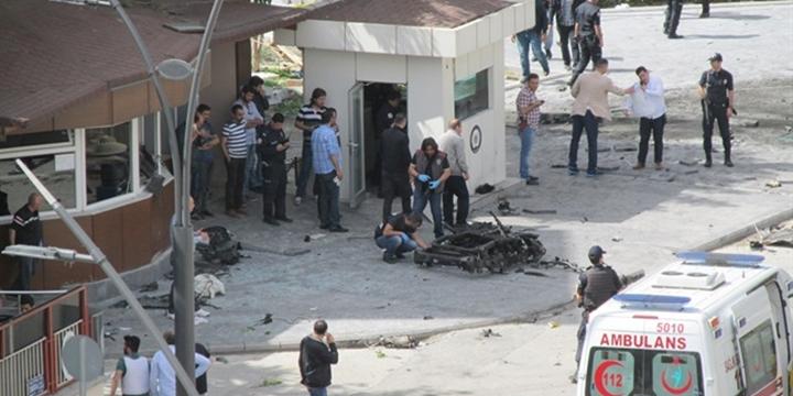 Esed Halep'i, IŞİD Gaziantep'i Bombalıyor!