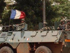 İktidara Gelen Afrikalı Liderlerin 'Geleneksel' Fransa Ziyaretleri