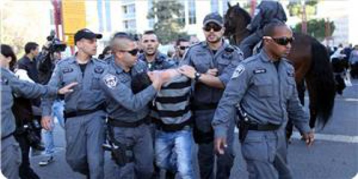 Kudüs İntifadası'nda Şimdiye Kadar 5677 Kişi Tutuklandı