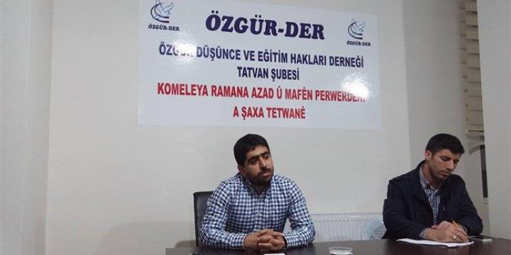 """Tatvan Özgür-Der'de """"Kur'ân'da Tekasür"""" Konusu İşlendi"""