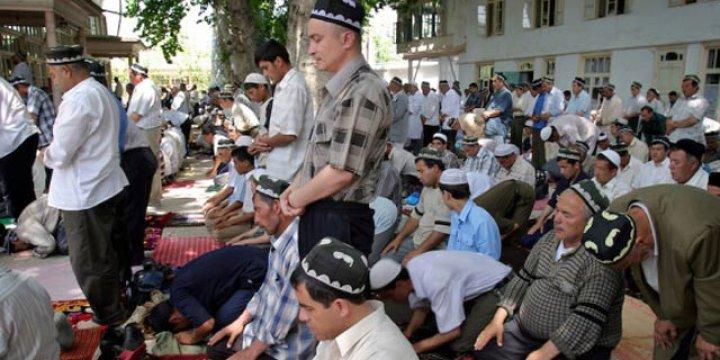 Diktatör Kerimov Uydurma Hadisle Çocuklara Camiyi Yasakladı!