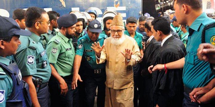 """""""Bangladeş Neden Müslüman Liderleri İdam Ediyor?"""""""