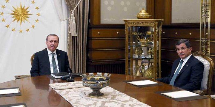 Erdoğan ile Davutoğlu Külliye'de Görüşecekler