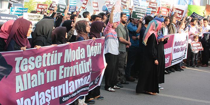 Muhafazakar Moda Ahlaksızlığı Protesto Edildi!