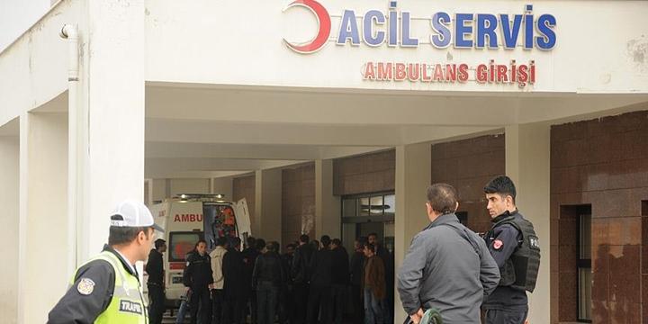 Mardin'de Askerî Araca PKK Saldırısı: 2 Yaralı