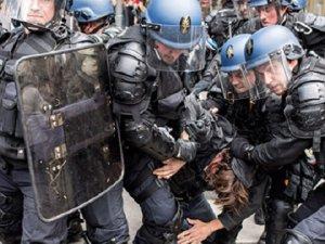 Fransa'da Grev ve Protesto Dalgası Dinmiyor