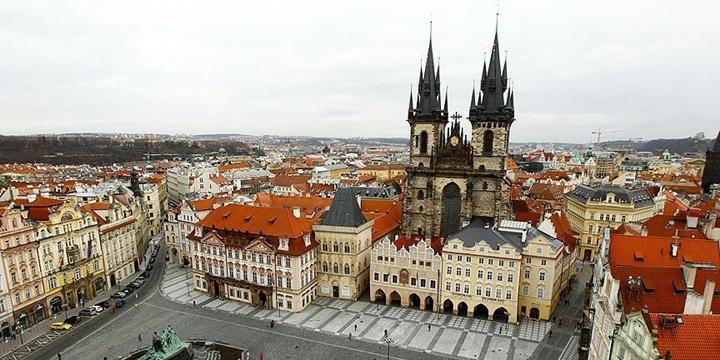 Çek Cumhuriyeti'nde İslâm Karşıtı Seminer Protesto Edildi!