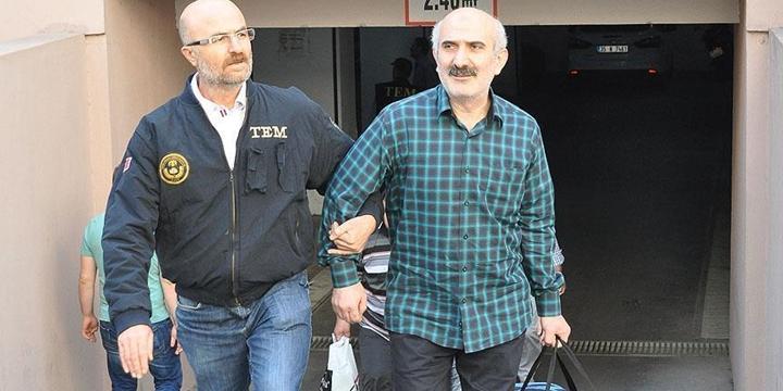 """İzmir'deki """"Paralel Yapı"""" Operasyonunda 14 Tutuklama"""