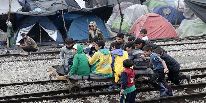 İdomeni'deki Sığınmacılar Diğer Kampları İstemiyor