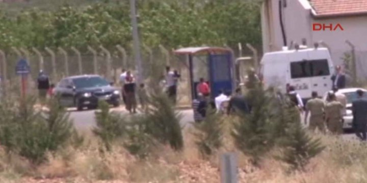 Gaziantep Havaalanına Suriye'den Roket Saldırısı