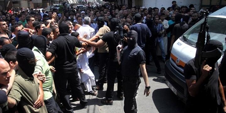 Hamas Yönetimi Gazze'de 3 Katili İdam Etti!