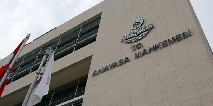 Anayasa Mahkemesi'nde 64 Personel Açığa Alındı