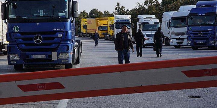 Rus Tır Sürücülerine Vize Zorunluluğu Başladı