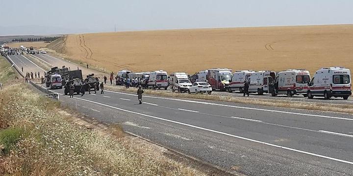 Diyarbakır'da PKK Saldırısı: 8 Asker Yaralandı!