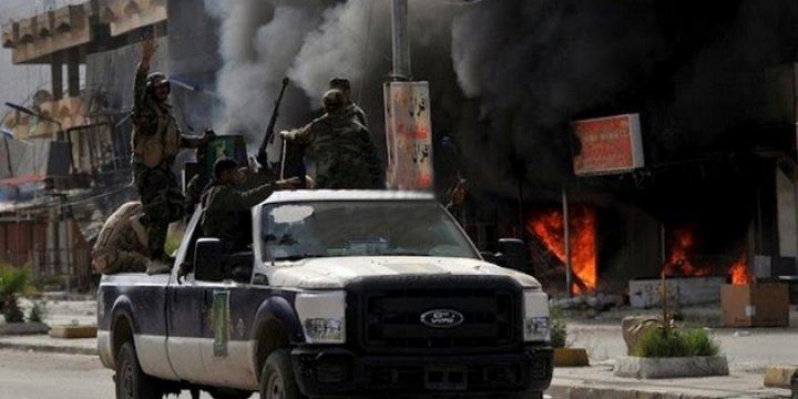 Irak Ordusu'na Musul'da Canlı Bomba Saldırısı: 70 Asker Öldü
