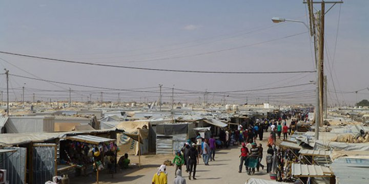 Ürdün'de Mülteci Kampında Subaylara Saldırı