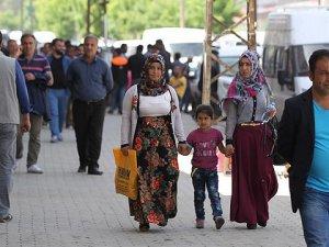 Yüksekova'ya Bir Haftada 30 Bin Kişi Döndü
