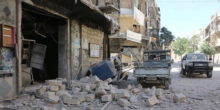 Rusya Destekli Esed Rejimi Halep'e Saldırdı: 8 Sivil Hayatını Kaybetti!