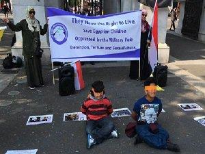 Sisi Cuntası Londra'da Yapılan Eylemle Protesto Edildi