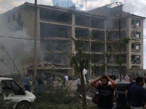 Midyat Emniyet Müdürlüğüne Bombalı Araçla Saldırı