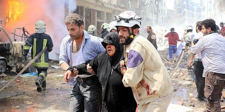 Halep'te Hastane ve Pazar Yerine Saldırı