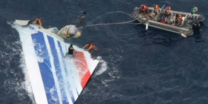 'Malezya Uçağına Ait Yeni Enkaz Bulundu'