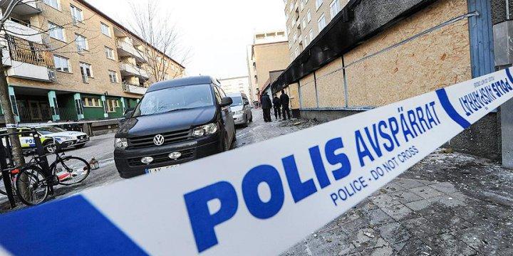İsveç'te Cami Cemaatine Irkçı Saldırı