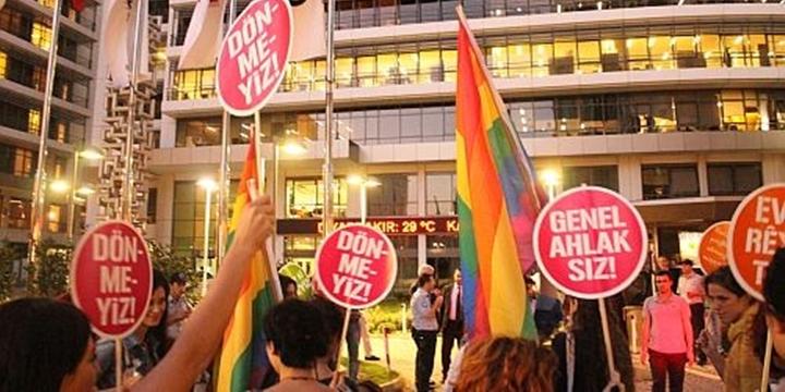 Brezilya Yargısı: Eşcinsellik Hastalıktır, Tedavi Edilmelidir