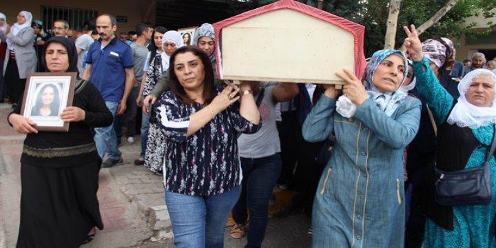 HDP'li Başkanlar Vezneciler Bombacısının Cenazesinde