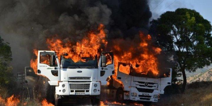 PKK'lılar Yol Kesip Araç Yaktı