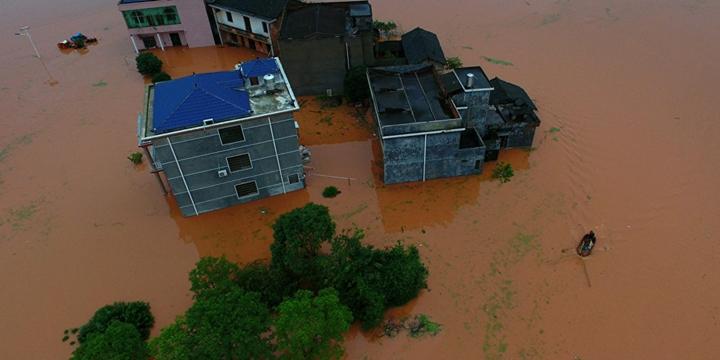 Çin'de Şiddetli Yağışlar: 25 Kişi Hayatını Kaybetti
