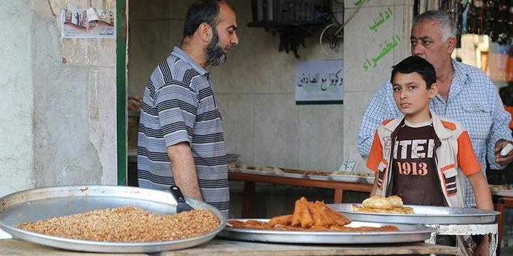 İdlib'de Bombardıman Altında Ramazan!