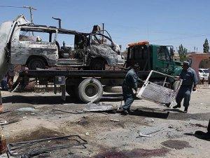Afganistan'da Nepallilere Canlı Bomba Saldırısı: 14 Ölü