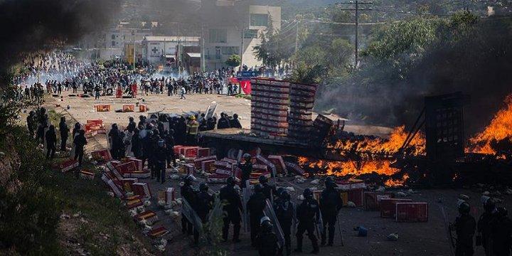 Meksika'da Öğretmenler Protestosu: 6 Kişi Öldü