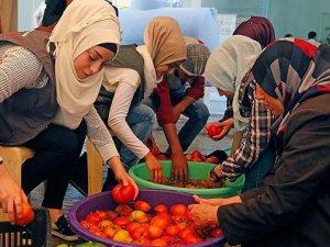 Lübnan'da Suriyeliler İçin Ramazan Sofrası: SAWA Mutfağı