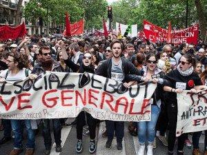 Fransa'da Yasaklanan Gösteri Yürüyüşüne İzin Çıktı