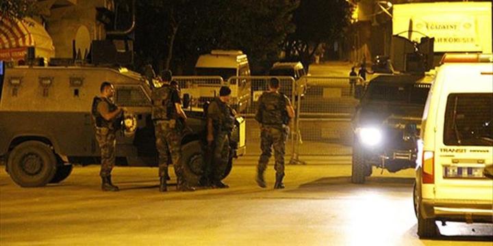 Van'da Polis Aracına PKK Saldırısı!