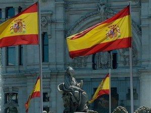 İspanya'da 100 Bin Kişi İş Umuduyla Ülkesini Terk Etti