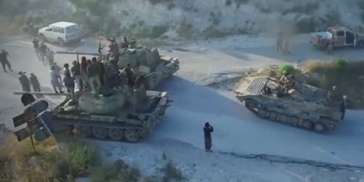 Fetih Ordusu Kensebba Kasabasını Esed Ordusundan Geri Aldı