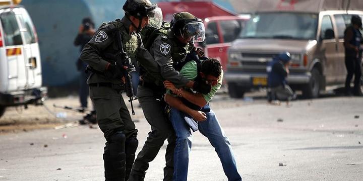 İşgalci İsrail Askerleri 6 Filistinliyi Gözaltına Aldı!