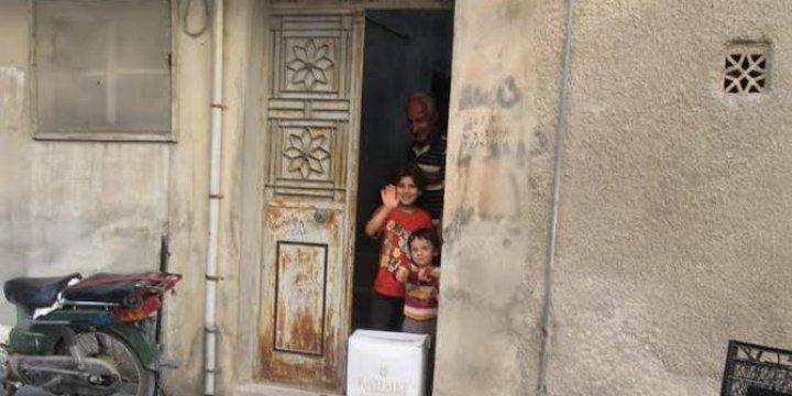 Rahmet İnsani Yardım Kurumu'ndan Suriye'de Kumanya Dağıtımı