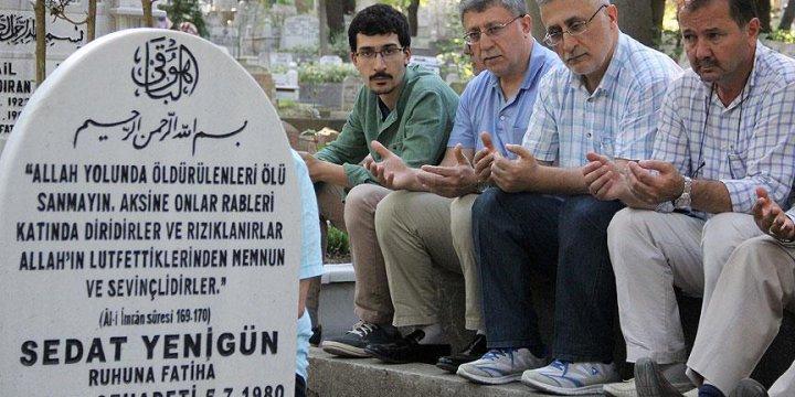 Şehit Sedat Yenigün Mezarı Başında Anıldı