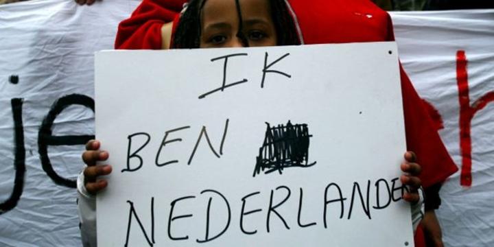 Hollanda Vatandaşı Olmak Zorlaştırılıyor