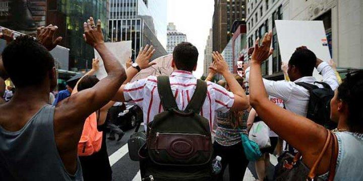 New York'taki Protestolarda 80 Kişi Gözaltına Alındı