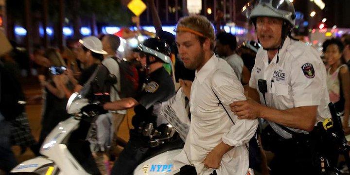 ABD'de Polis Şiddeti ve Irkçılık Karşıtlarına Tutuklama