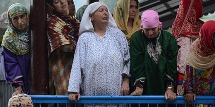 Keşmir'de İsyan Büyüyor: 23 Şehit