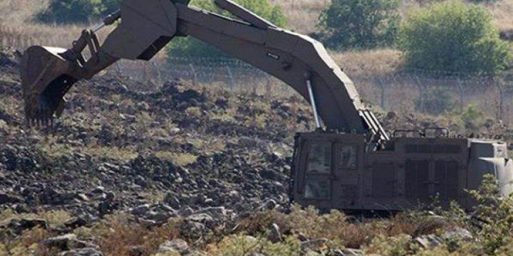 Siyonist İsrail Golan Tepelerinde Siper Kazıyor