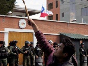 Bolivya'da Köylüler Polisle Çatıştı