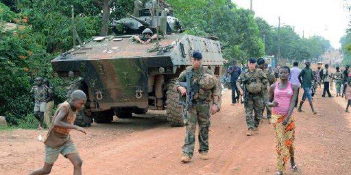 Fransa Askeri Unsurlarını Orta Afrika'dan Çekiyor